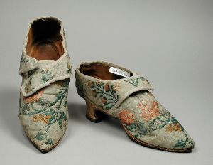 Woman's silk brocade shoes, 1770s, probably Italian. Image from Wikimedia Commons.