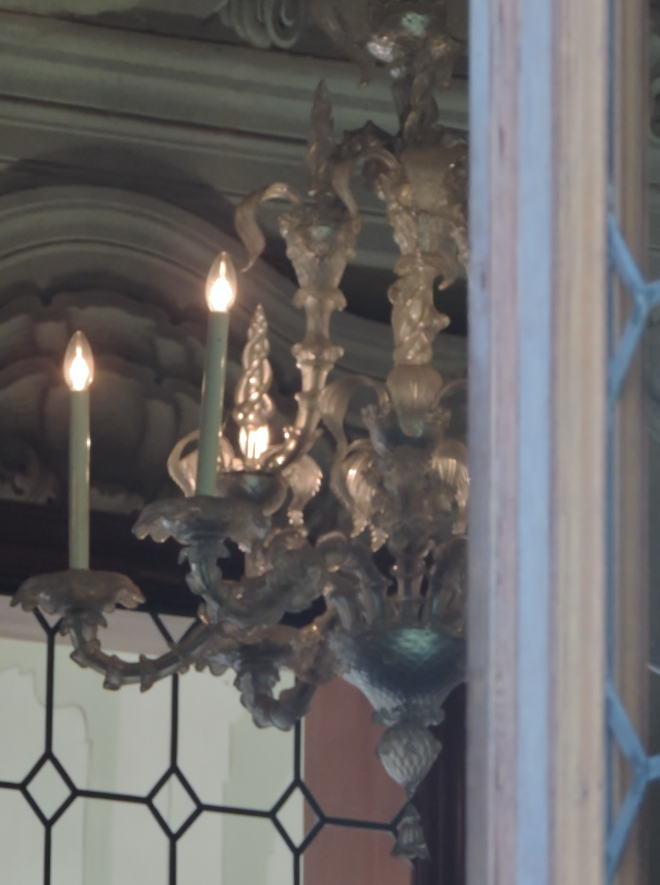 An original Murano glass chandelier at Villa Widmann.