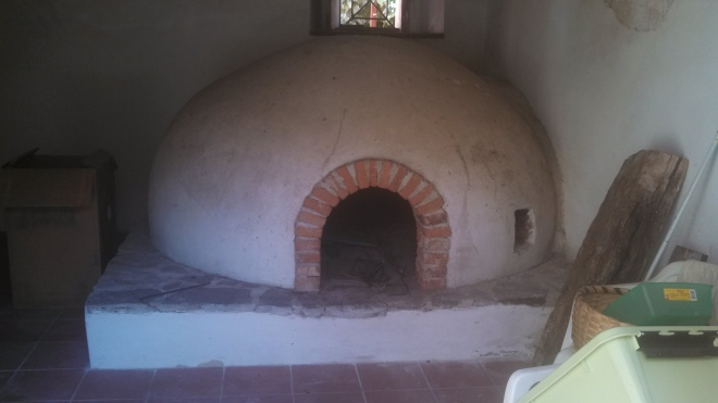 The old bread oven built by Ottavio's mother many years ago.