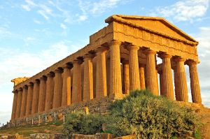 Temple of Concordia in Agrigento. Image from Wikimedia Commons.