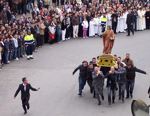 In Acquaro, Calabria, the Easter procession features John the Baptist running through town.